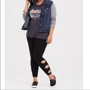 New! Torrid Leggings black solid cutout cropped